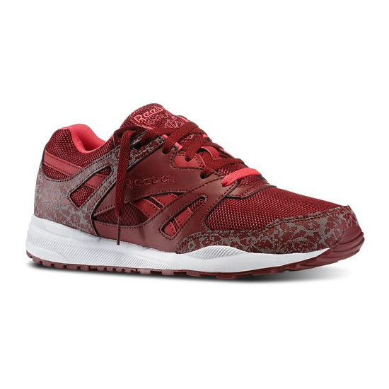 REEBOK MEN\'S CLASSICS VENTILATOR REFLECTIVE Collegiate Burgundy / White / Blazing Pink