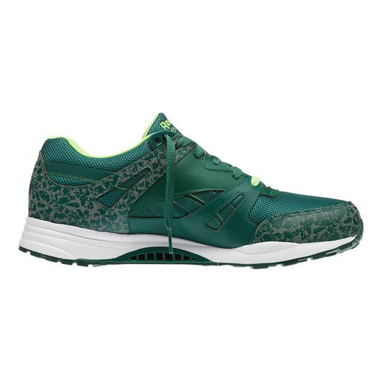 REEBOK MEN\'S CLASSICS VENTILATOR REFLECTIVE Dark Green / White / Solar Green